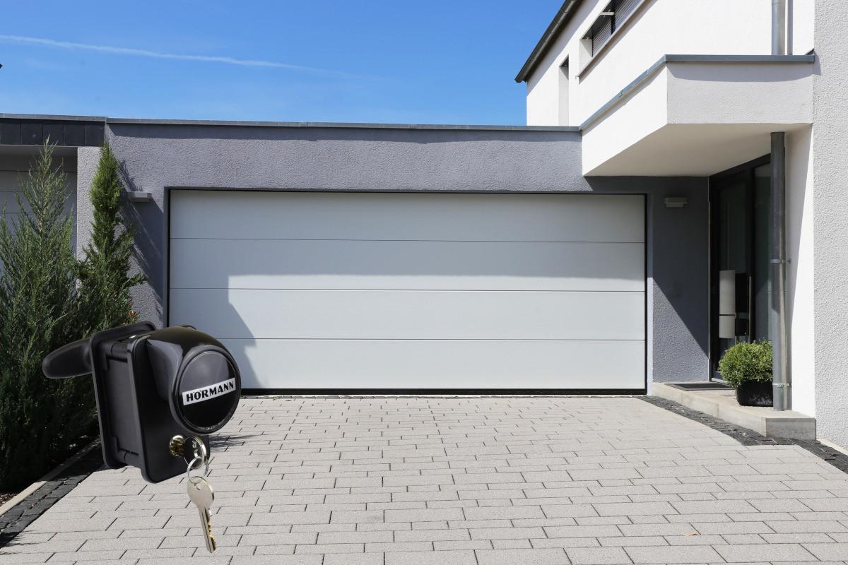 Garagentor Schartec Thermolux 40 L-Sicke in weiß 3000 x 2125 handbetätigt